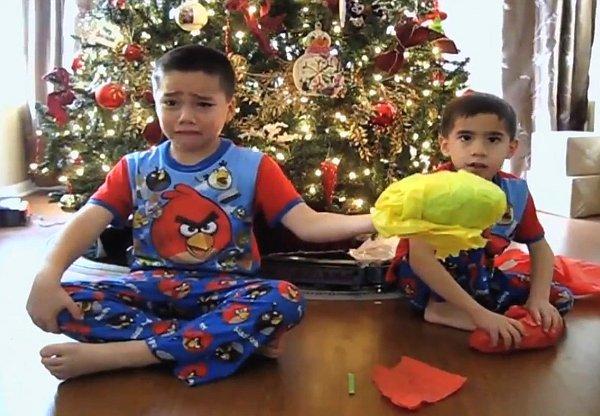 Jimmy-Kimmel-Terrible-Christmas-Presents-Prank-Part-2