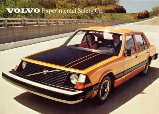 Volvo Experimental Safety Car Brochure 1972